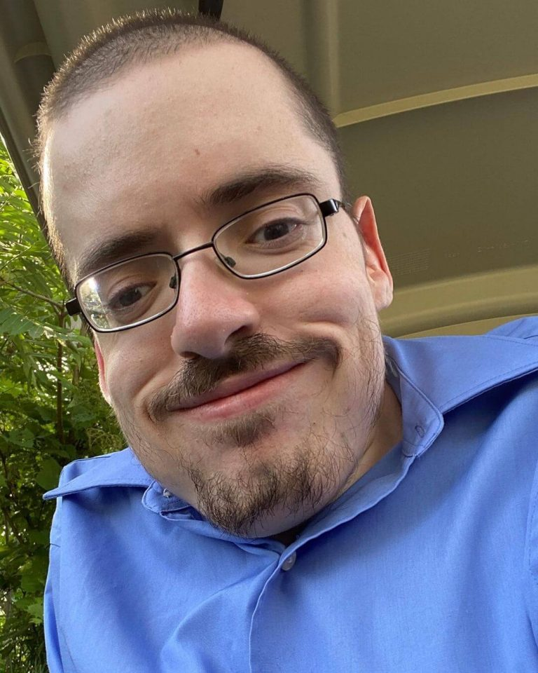 How much money is Ricky Berwick earning on YouTube
