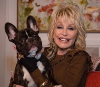dolly parton with a dog